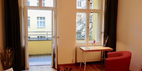 m blierte moderne apartment wohnung mieten auf zeit in berlin prenzlauer berg und pankow. Black Bedroom Furniture Sets. Home Design Ideas